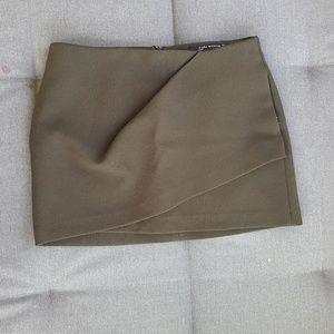 Zara brown/green skirt